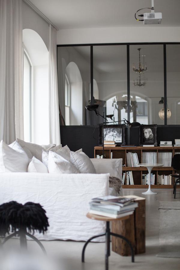 Blog d co nordique une ancienne usine devenue un sublime - Appartement moderne russe inspiration nordique ...